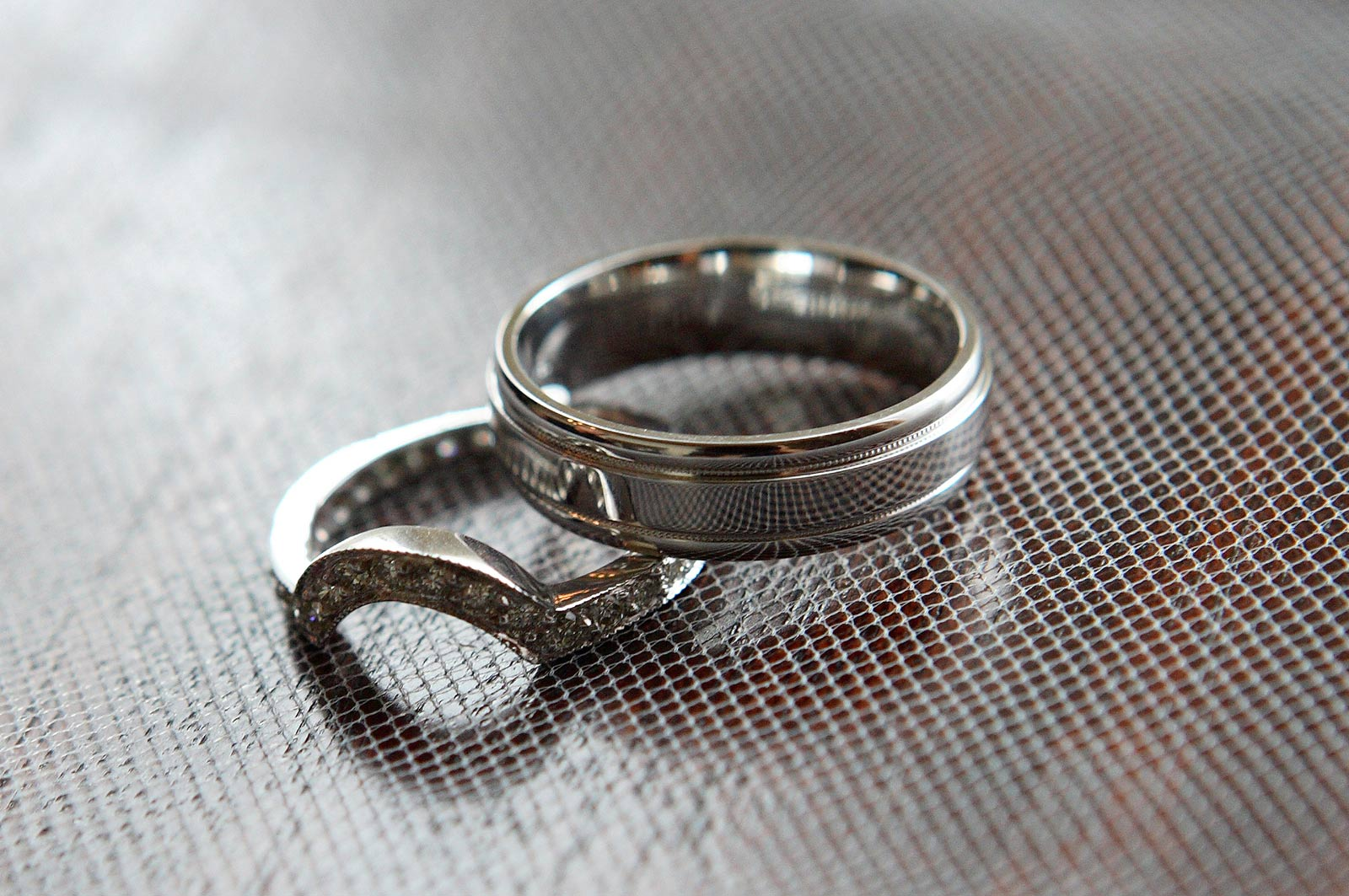 Wedding Rings - Wedding Bands - Detail - Photo by J. Garcia